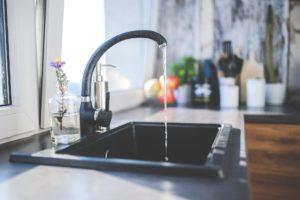 robinet eau chaude